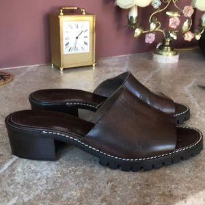 Leather slides with lug sole